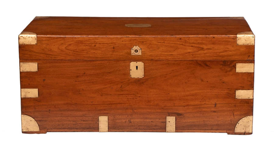Camphorwood Military Campaign Trunk