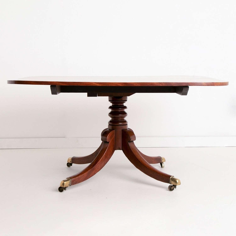 Early Victorian Cuban Mahogany Tilt Top Dining Table
