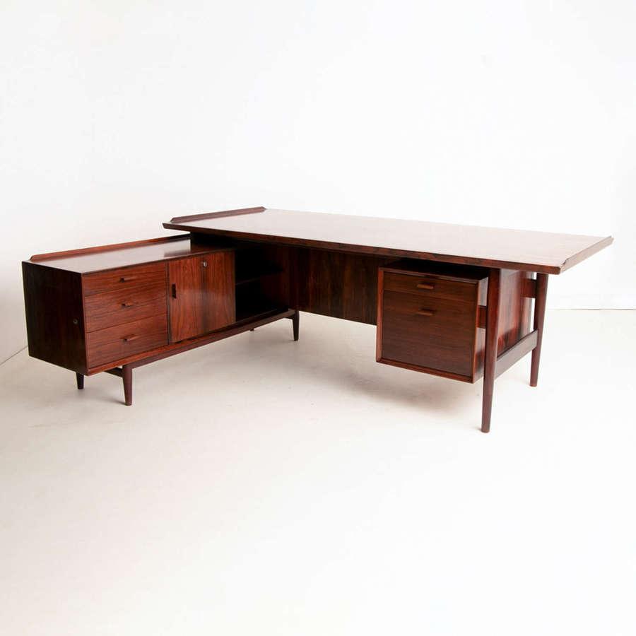 Arne Vodder Rosewood Desk by Sibast Mobler